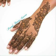 Mehndi Designs Front Hand, Pretty Henna Designs, Indian Henna Designs, Modern Henna Designs, Latest Arabic Mehndi Designs, Henna Tattoo Designs Simple, Mehndi Design Photos, Beautiful Mehndi Design, Latest Mehndi Designs
