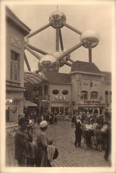 1958 Expo Brussels World's Fair Original Vintage Lot of 2 Real RARE Photographies of The Atomium, Avant-Garde Architecture from Belgium