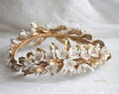 Roses buds headpiece. Gold bridal headpiece. por LenaRomHeadpieces