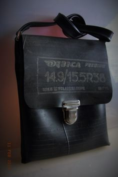 Taske i gummi - se bogen Gummi - tasker, flet og smykker