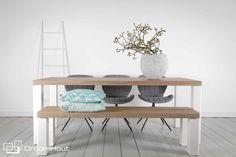 Eettafel notenhout | houten meubelen | woonkameridee | living