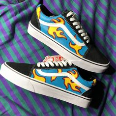 Discover recipes, home ideas, style inspiration and other ideas to try. Custom Vans Shoes, Custom Painted Shoes, Painted Vans, Vans Shoes Fashion, Tenis Vans, Yellow Vans, Aesthetic Shoes, Fresh Shoes, Hype Shoes