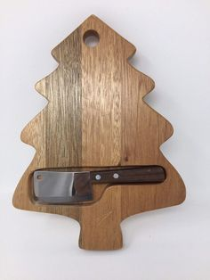 Christmas Tree Shape Mahogony Cheese Board with Clever to cut Cheese #Unbranded