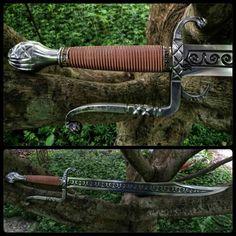 Magic short Sword, curved blade, elegant, middle East