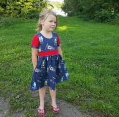 PDF Pattern from Stitch Upon A Time. This dress is the adorable girls version… Sewing Kids Clothes, Sewing For Kids, Stitch Upon A Time, Free Girl, Sleeveless Tunic, Our Girl, Sewing Patterns Free, Flower Girl Dresses, Summer Dresses