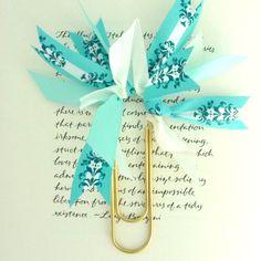 ribbon paperclip (bookmark)