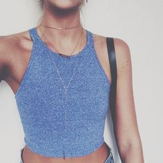 Blusas Femininas de Veludo, Cropped, Regatas e Mais C&A