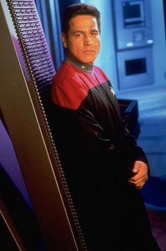 Commander Chakotay - Robert Beltran - Publicity Photo