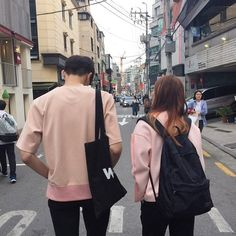 Image about pink in Couples / parejas by Vanesa Couple Look, Sweet Couple, Couple Style, Couple Aesthetic, Aesthetic Grunge, Ulzzang Couple, Ulzzang Girl, Korean Couple, Korean Girl