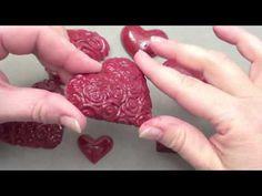 Emailler coeurs en platre pour la Saint Valentin - YouTube