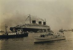 French Line NORMANDIE at New York, Blue Riband, maiden voyage (?)