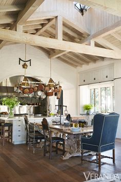 Ranch home, open plan, high ceilings #forthehome #interiordesign #design #kitchen