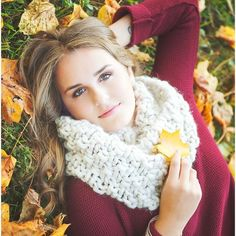 I'm a photographer in a wee little town in Ohio! If I can make you smile and feel beautiful I've done my job! Fall Senior Portraits, Fall Looks, How To Feel Beautiful, Make You Smile, Ohio, Poses, Make It Yourself, Instagram Posts, Figure Poses