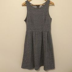 Jersey Dress Super comfortable casual dress. Perfect condition. Never worn. NWOT Old Navy Dresses Midi