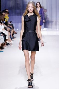 Carven - Spring Summer 2016 Ready-To-Wear - Shows - Vogue.it