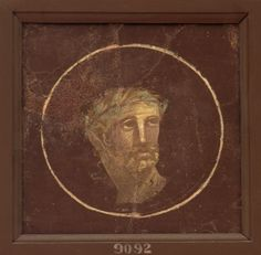 Medallion with incomplete male portrait. Fresco from Pompeii. Inv. No. 9092. Naples, National Archaeological Museum