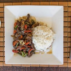 Whether you've been shredding the waves, practicing yoga or just relaxing this AM, todays lunch special is the perfect muscle fuel. Beef stir fry for just $350rd 😋