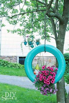 How to make a DIY painted tire planter from old tires. I definitely want to make this one. Previous We boost the decoration in the garden with DIY Ideas Made With Old Tires Tire Garden, Garden Planters, Old Tire Planters, Hanging Planters Outdoor, Easy Garden, Sun Garden, Gravel Garden, Garden Water, Patio Plants