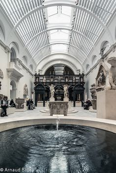 This is Victoria and Albert Museum, in London. This museum showcases art exhibitions and monuments.