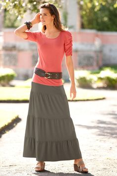 Pretty skirt... i love the layers   # Pin++ for Pinterest # I love the combination for a casual look
