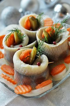 rolmopsy wigilijne Fish And Seafood, Fried Rice, Sushi, Panna Cotta, Cake Recipes, Salads, Cheesecake, Food And Drink, Treats