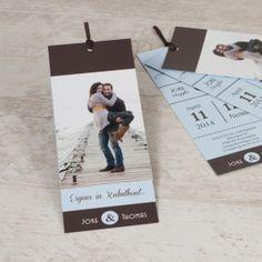 Bundel jullie geluk en kondig jullie trouwfeest aan met deze unieke labels.3 labelsTrendy ontwerpToon jullie mooiste fotoKlik op 'Maak je kaart' en ontwerp alle labels.