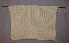 bonnet en laine Mittens, Diy, Crochet Coat, Black Beanie, Fingerless Mitts, Bricolage, Fingerless Mittens, Diys, Gloves