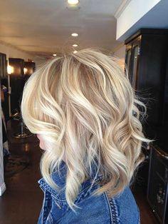 Short Blonde Soft Wavy Hairstyle Blonde-Short-Layered