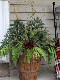 Winter Porch, Winter Garden, Winter Christmas, Fall Winter, Christmas Ideas, Outdoor Christmas Planters, Outdoor Planters, Diy Fall Wreath, Fall Wreaths