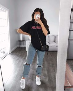 Komplette Outfits, Teenage Outfits, Retro Outfits, Cute Casual Outfits, Simple Outfits, Stylish Outfits, Everyday Outfits Simple, Hoodie Outfit Casual, Tumblr Outfits