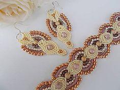Sady šperkov - Krémový makramé set náramok a náušnice - 6932802_