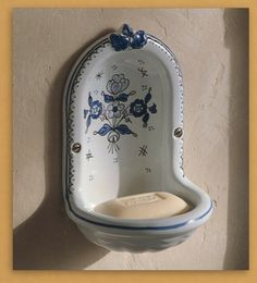 "Herbeau ""Niche"" soap dish - multiple patterns available"
