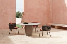 Tao outdoor dining table designed by Monica Armani Large Furniture, Cool Furniture, Furniture Design, Outdoor Furniture, Concrete Dining Table, Dining Table Design, Pedestal, Elegant Sofa, Round Table Top