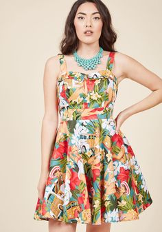 <p>You rock the tropical flowers, old school station wagons, and pin-up gals printed on this retro dress so naturally, you could be crowned the queen of vintage-inspired style! Sugared up with a collared sweetheart neckline, a back tie, and a super-swingy silhouette, this cotton frock is totes the most fun to wear.</p>