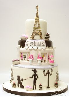 Beautiful cake by Lulu NYC