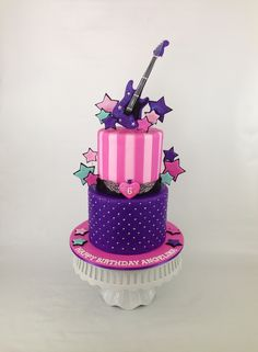 Rock Star birthday cake by There Should Always Be Cake - gracenon. Rockstar Birthday, Barbie Birthday, Birthday Cake, Music Themed Cakes, Music Cakes, Rock Star Cakes, Bolo Musical, Disco Cake, Disco Party