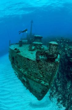 Hermes Shipwreck is an Abandoned Place. Plan your road trip to Hermes Shipwreck with Roadtrippers. Abandoned Ships, Abandoned Places, Ghost Ship, World Images, Haunted Places, Underwater Photography, Snorkeling, Under The Sea, Beautiful Images