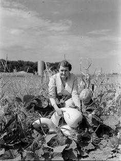Great Depression, Margaret Bourke White, Ben Shahn, Grapes Of Wrath, Gordon Parks, Dust Bowl, Trials And Tribulations, Hard Days