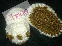 Escarpín tejido con forma de garra (Knit baby booties claw shaped)