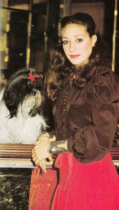 Marisa Berenson and her Shiu Tzu King King, Cosmopolitan - November 1976, Photographed by Ellen Graham