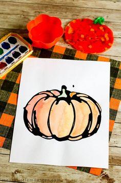 pumpkin craft Halloween Season, Spirit Halloween, Halloween Crafts, Cute Pumpkin, Pumpkin Crafts, Craft Activities For Kids, Crafts For Kids, Craft Ideas, Glue Crafts