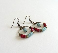 Boucles d'oreilles créoles ethniques bronze vert d'eau rouge