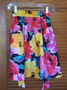 Vintage 1970's Apron in Bright Yellow and Red by BJsYesterday