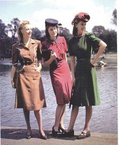 Looking glam, ladies!