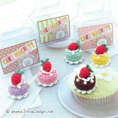Amigurumi Mini Cake Magnet