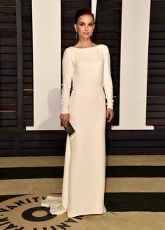 Natalie Portman in Christian Dior at the 2015 Vanity Fair Oscars party red carpet - Vogue Australia.