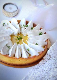 Lemon Meringue Pie..just look at that meringue...sigh