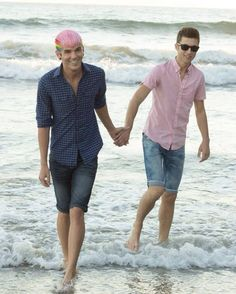 Matthew Lush and Nick Laws  ❤  http://www.youtube.com/LUSH    I am INLOVE with this couple...