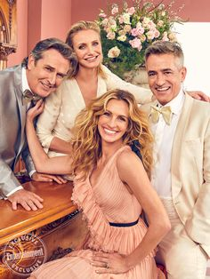 Rupert Everett, Cameron Diaz, Julia Roberts, and Dermot Mulroney joined forces to cover EW's rom-com-themed issue. Watch the full episode of Entertainment Weekly Cast Reunions: My Best Frien 133278470209521005 Julia Roberts, Cameron Diaz, Aretha Franklin, Entertainment Weekly, Best Friend Wedding, My Best Friend, Weeding Planner, Wedding Planner Movie, Dermot Mulroney