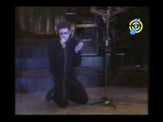 Legião Urbana - Que país é este (ao vivo - G. Ouro) - YouTube